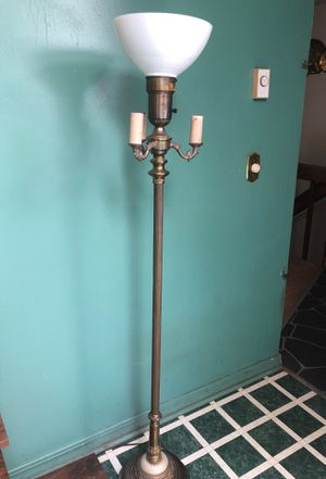 $15 Heavy Floor Lamp for Sale in Sanford, NC