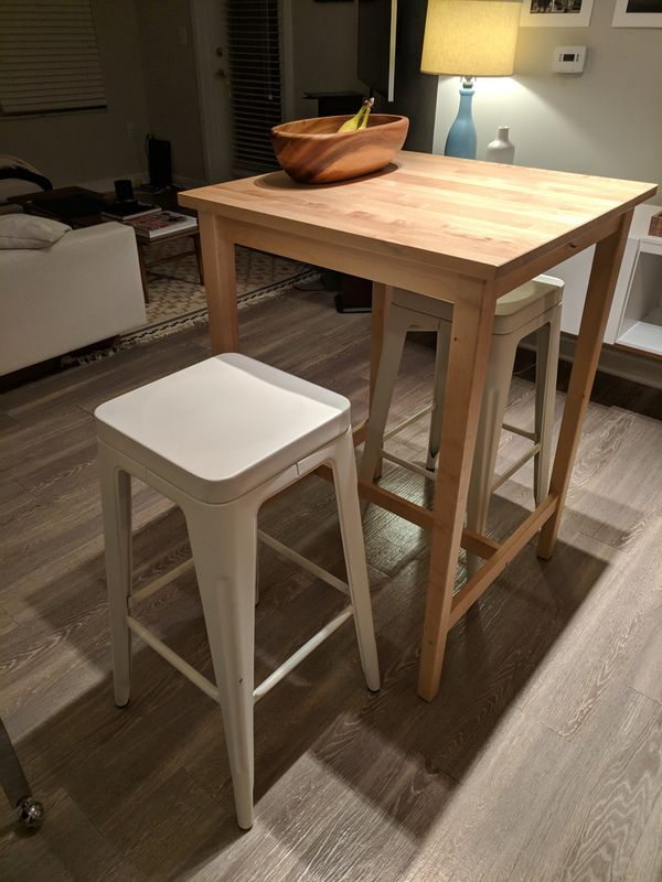 Hi Top Table and Stools