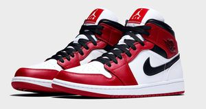 Jordan 1 mid Chicago (2020) for Sale in Rochester, MN