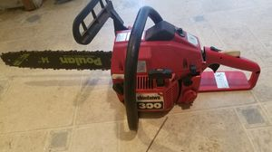 """Shindawa 300 chainsaw with a 14"""" Poulan replacement Bar for Sale in Kennewick, WA"""