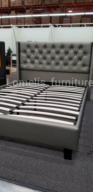 Queen beds with mattresses included for Sale in City of Industry, CA