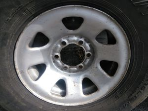 """15"""" oem Toyota rim and tire ready to work for Sale in Garden Grove, CA"""