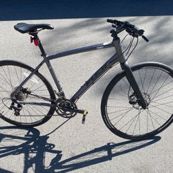 Fuji Absolute bicycle for Sale in Mountain View,  CA