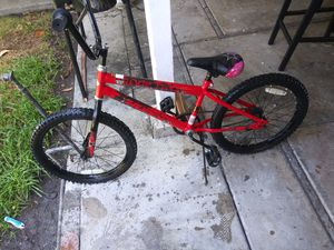 Bmx like new condition ready to ride clean or best offer for Sale in Santa Ana, CA