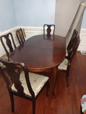 Dinner room table and chair set for Sale in Moore, SC