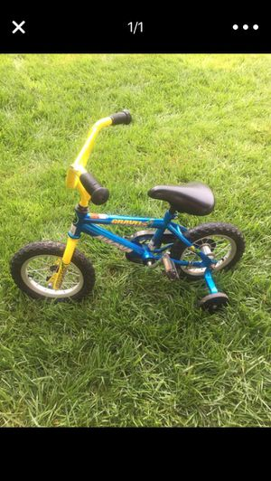 Bicycle trainer for Sale in Rockville, MD