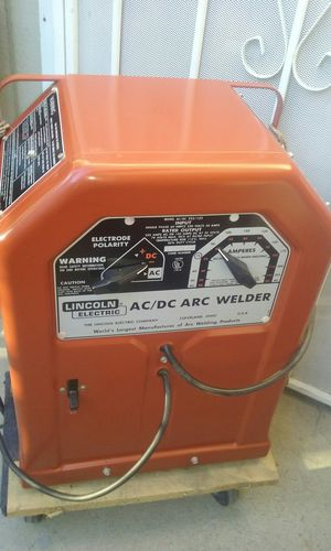 Lincoln AC DC welder practically new price is firm no lowballers please no trades for Sale in Fontana, CA
