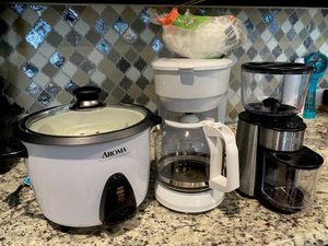 Small Kitchen Appliances for Sale in Justin, TX