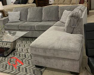 🎋AmazinG PricE🎋SPECIAL] Altari Alloy RAF Full Sleeper Sectional by Ashley for Sale in Jessup,  MD