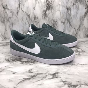 NEW Nike Bruin Suede Men's Size 10 and 11 for Sale in Vienna, VA