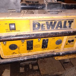 DeWalt Gas Powered Generator 110 220 for Sale in Lafayette, TN