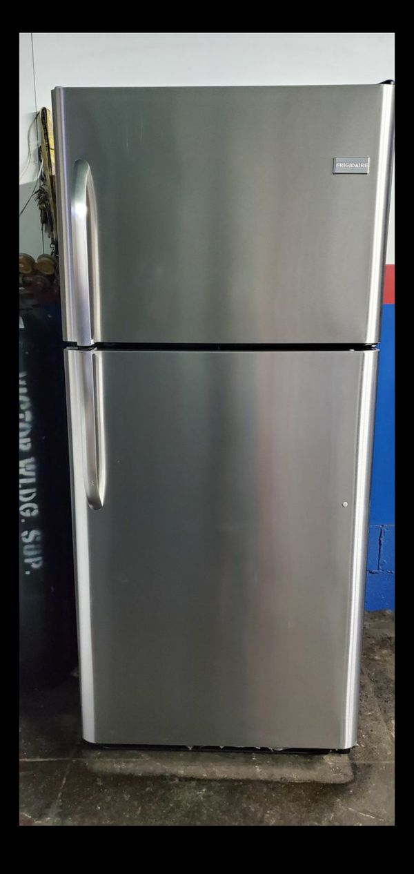 STAINLESS STEEL FRIGIDAIRE APPLIANCE !!!