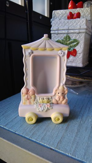 PRECIOUS MOMENTS PHOTO FRAME for Sale in Long Beach, CA
