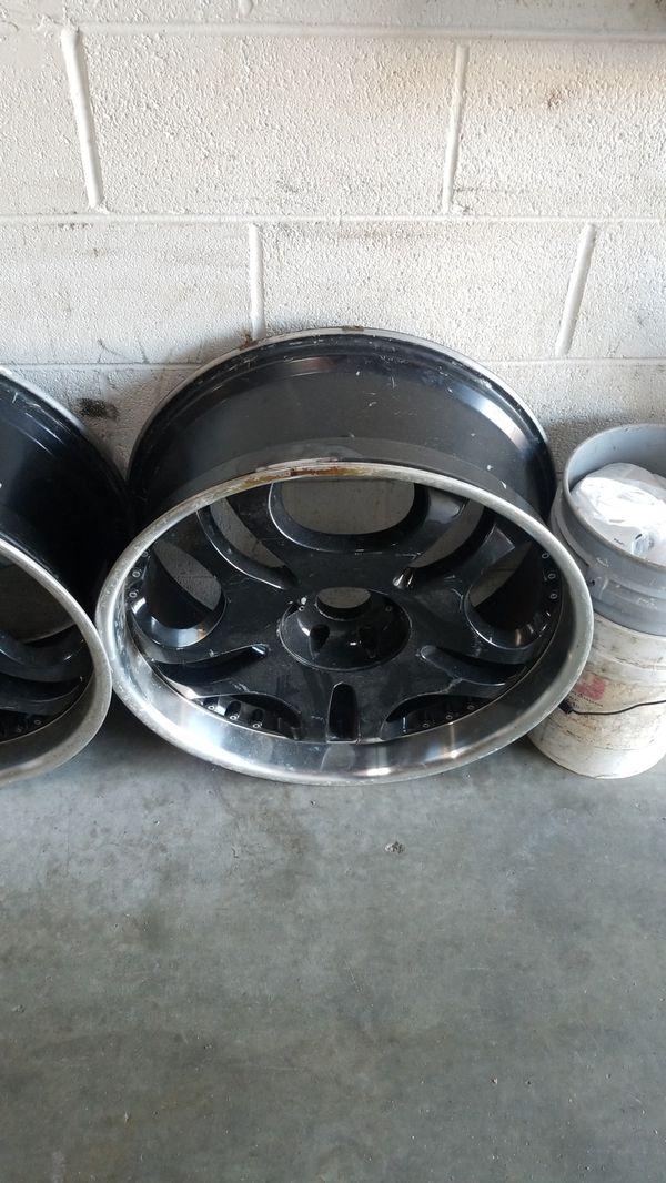 """24""""6 lug black Rims sale or Trade for 8 lug chevy rims"""