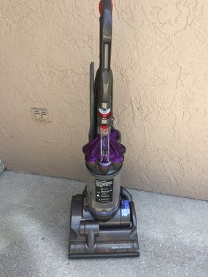 Dyson DC 28 Animal Air Muscle Vacuum for Sale in Cooper City, FL