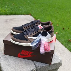 Travis Scott lows for Sale in East Hartford, CT