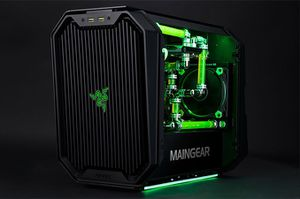 MAINGEAR R2 Razer Edition AMD Gaming Computer for Sale in Portland, OR