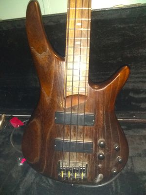IBANEZ SR600 Electric 4 string bass guitar for Sale in Española, NM