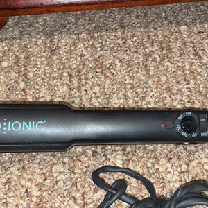 Bio Ionic Flat Iron One Pass NEW for Sale in Cibolo, TX