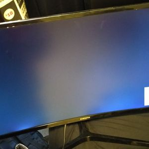 27 Inch Samsung Curved Monitor for Sale in Brooklyn, NY