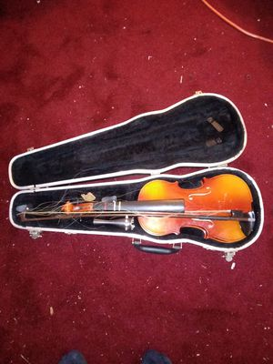 Violin Model 190 (Needs Minor parts) for Sale in Fort Washington, MD