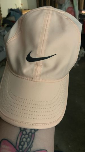 Nike women's hat for Sale in Baldwin Park, CA