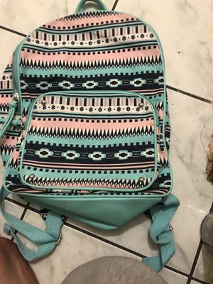 This backpack got 3 zipper for Sale in Houston, TX
