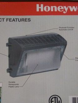 Honeywell LED security Wall Light 6000 Lumens. Very Bright . Brand New! Still In Box. Very Cheap. for Sale in Las Vegas,  NV