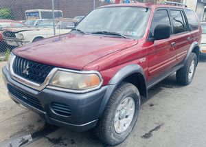 2002 Mitsubishi montero sport for Sale in Philadelphia, PA
