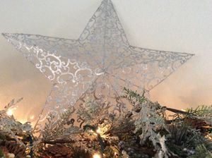 Christmas decorations star for Sale in Pembroke Pines, FL