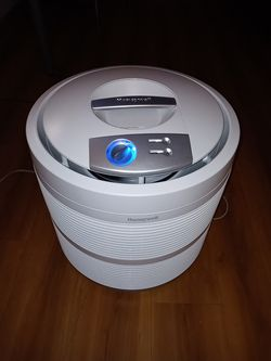 Honeywell True HEPA Air Purifier for Sale in Coppell,  TX