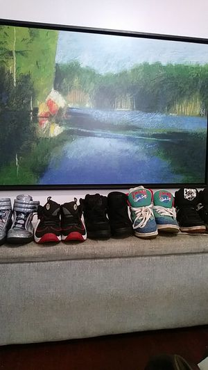 5 pair of shoes size 9 men for Sale in Washington, DC
