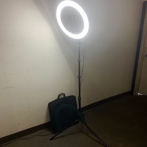 "$90 (brand new) tripod 17"" led ring light for Sale in Whittier, CA"