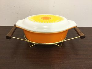 Vintage Pyrex sunflower for Sale in Gaffney, SC