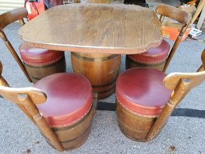 Barrel table set was $600 for Sale in Pataskala, OH