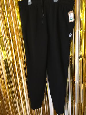 Reebok Training pants (New) Size XL in Mens (make an offer ill be glad to take them) for Sale in Carson, CA