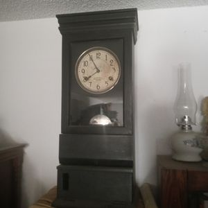 Grandfather Clock for Sale in Victorville, CA