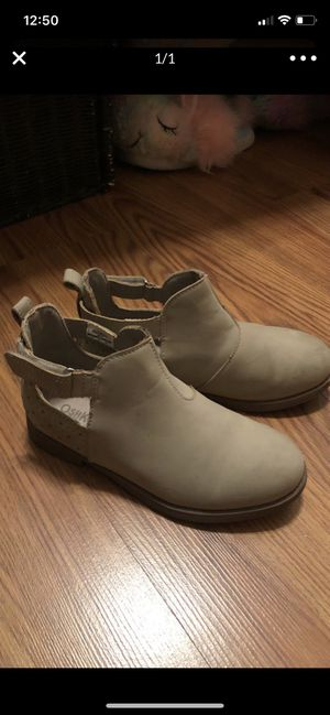 Girl boots for Sale in Victorville, CA