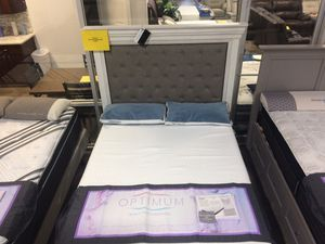 Queen bed frame on sale!! for Sale in Seminole, FL