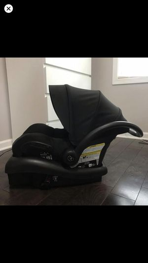 MAXI COSI MICO AP CARSEAT AND BASE ALL BLACK for Sale in Rochester, NY