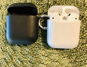 Airpods gen 1 with case for Sale in Cornelius, OR