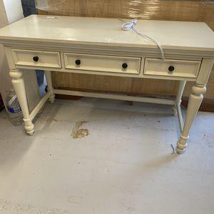 Girls White Desk for Sale in Laguna Niguel, CA