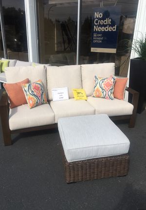 Patio Sofa w/ Accent pillows for Sale in Edmonds, WA