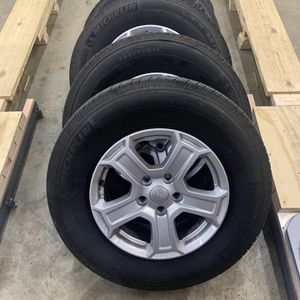 2020 Jeep JL wheels for Sale in St. Louis, MO