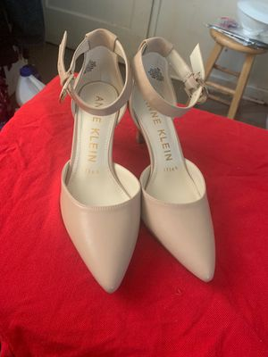 Women shoes size 6 for Sale in Falls Church, VA