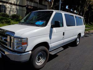 2013 Ford van 15 passenger. for Sale in Newark, CA