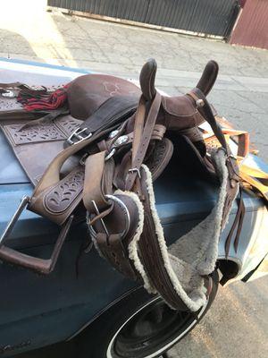 Side saddle (escaramuza) for Sale in South El Monte, CA