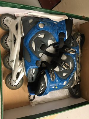 Women's rollerblades - barely used! for Sale in Portland, OR