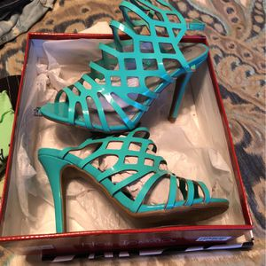Turquoise Heels for Sale in Murfreesboro, TN