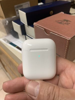 Apple AirPods 2 NEW Authentic Apple with H1 Chip Latest Edition $125 firm each wireless charging NEW for Sale in Hesperia, CA